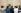 """Touristes devant la """"Joconde"""" de Léonard de Vinci (1452-1519). Paris, Le Louvre, 30 septembre 2005. © Ullstein Bild / Roger-Viollet"""