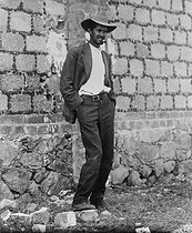 Mexican revolution. Captain Fortino Samano smoking a last cigar before his execution. Mexico, on January 12, 1917. © Roger-Viollet