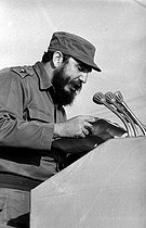 Fidel Castro (1926-2016), Cuban revolutionary and statesman, making a speech. Cuba, circa 1960. © Gilberto Ante/Roger-Viollet