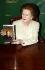 """Margaret Thatcher (1925-2013), femme politique britannique, lors du lancement de son livre """"Statecraft"""", à la librarire Hatchards. Londres (Angleterre), Picadilly, 3 avril 2002.  © John Li / TopFoto / Roger-Viollet"""