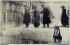 """""""Inondations. Paris, janvier 1910 : avenue Ledru-Rollin"""". Anonyme (initiales C.M.). Carte postale. Paris, musée Carnavalet. © Musée Carnavalet/Roger-Viollet"""