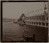 Exposition Universelle de 1900 : la Seine et le Palais de la Navigation de Commerce, Paris (VIIème arr.). Photographie anonyme. Paris, musée Carnavalet. © Musée Carnavalet/Roger-Viollet