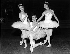 "Répétition de ""Cendrillon"", ballet de Frederick Ashton. Margot Fonteyn et Nadia Nerina. Londres (Angleterre), Royal Opera House, 8 janvier 1962. © TopFoto / Roger-Viollet"