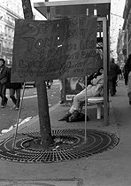 "Second demonstration of students and high school students against the ""Devaquet law"" (Higher Education reform). Paris, Boulevard Saint-Germain, on November 27 1986. © Roger-Viollet"