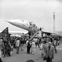 "33rd Paris Air Show. The Concorde and the European space rocket ""Ariane"". Le Bourget (France), June 1979. © Roger-Viollet"
