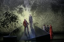 """Pelléas et Mélisande"", opera by Claude Debussy after the play by Maurice Maeterlinck. Direction : Jean-Louis Martinoty. Stage design : Hans Schavernoch. Costumes : Yan Tax. Lights : André Diot. Orchestre National de France conducted by Bernard Haitink. Jean-François Lapointe, Laurent Naouri, Marie-Nicole Lemieux, Amel Brahim Djelloul, Magdalena Kozena. Paris, Théâtre des Champs-Elysées, on June 12, 2007. © Colette Masson / Roger-Viollet"