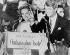 Le sénateur Robert Kennedy et son épouse Ethel, après sa victoire lors des primaires en Californie, juste avant son assassinat à l'Ambassador Hotel. Los Angeles (Californie, Etats-Unis), 5 juin 1968. © TopFoto / Roger-Viollet