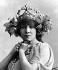 """Sarah Bernhardt as Mélissinde in """"La Princesse lointaine"""" by Edmond Rostand, created at the théâtre de la Renaissance, in 1895.    © Roger-Viollet"""