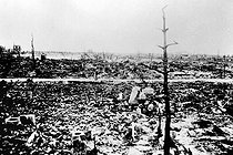 World War II. Panorama of Hiroshima (Japan) after the explosion of the first atomic bomb, on August 6, 1945. © Roger-Viollet