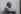 Romain Gary. Photographie de Jean Marquis (né en 1926). Bibliothèque historique de la Ville de Paris. © Jean Marquis/BHVP/Roger-Viollet