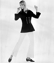 Tenue marine dessinée par Ted Lapidus (1929-2008), couturier français. Collection printemps-été 1965. Paris, 23 février 1965. © TopFoto / Roger-Viollet