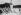 Vague de chaleur. La piscine du Racing, au Pré-Catelan. Paris (XVIème arr.), juin 1941. © LAPI/Roger-Viollet