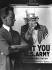 Guerre 1914-1918. James Montgomery Flagg (1877-1960), artiste et illustrateur américain, posant près de son affiche pour le bureau de recrutement de l'armée américaine, 1917. © US National Archives/Roger-Viollet