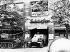 """Printemps de Prague. Entrée des troupes du pacte de Varsovie en Tchécoslovaquie. Chars soviétiques devant la rédaction de """"Svobodne Slovo"""" (le mot de la liberté). Prague, 21 août 1968. © Ullstein Bild / Roger-Viollet"""