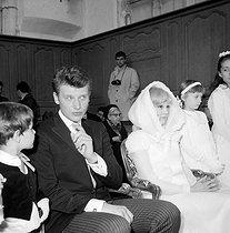 Wedding of Johnny Hallyday (1943-2017), French singer and actor, and Sylvie Vartan (born in 1944), French singers. Loconville (France), on April 12, 1965. © TopFoto/Roger-Viollet