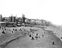 The casino and the baths. Dieppe (Seine-Maritime, France), 1890-1900. © Neurdein/Roger-Viollet