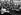 Guerre 1939-1945. Edith Piaf (1915-1963), chanteuse française, visitant un camp de prisonniers de guerre. 1943. © Ullstein Bild/Roger-Viollet