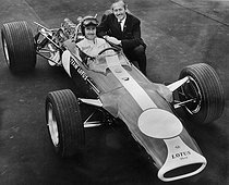 February 15, 1929 (90 years ago) : Birth of British racing driver Graham Hill (1929-1975)