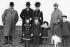 Le roi Edouard VII du Royaume-Uni, l'empereur Guillaume II, la reine Alexandra de Danemark et le prince George, en compagnie de la princesse royale, du duc d'York, du duc de Gloucester et du prince de Galles, vers 1903. © TopFoto / Roger-Viollet
