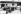 Rassemblement des foules pour lire des affiches au mur dans la banlieue de Canton dans la Chine communiste. Les affiches racontent les derniers développements de la Révolution et la puissante lutte. 1967. © TopFoto/Roger-Viollet