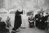 Public prayer at Hyde Park Corner. London (England), 1958. © Jean Mounicq/Roger-Viollet