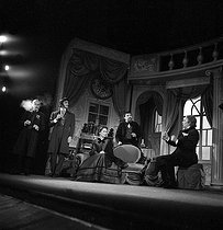 """Les Possédés"" (Demons), play by Albert Camus after Dostoyevsky. Michel Meurette, Charles Denner, Tania Balachova, Georges Berger and Pierre Blanchar. Paris, Théâtre Antoine, January 1959. © Studio Lipnitzki / Roger-Viollet"