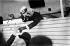 Le comte Ferdinand von Zeppelin (1838-1917), militaire et ingénieur allemand, constructeur de dirigeables. Aérodrome d'Amager (Danemark), 1912. © Holger Damgaard / Polfoto / Roger-Viollet