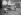 Jeunes vacanciers se relaxant dans leur chaise-longue dans un camping, vers 1930. © Imagno/Roger-Viollet