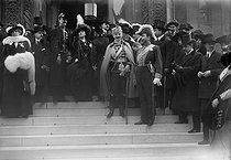 Te Deum for the tercentenary of the Romanov. Count Romanov (on the right, profile) and Vermischt (centre). Paris (VIIIth arrondissement), cathedral of the rue Daru, March 1913. © Maurice-Louis Branger/Roger-Viollet