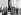Guerre 1914-1918. L'empereur allemand Guillaume II (1859-1941) chez les combattants victorieux de Cambrai. Derrière lui, le général von der Marwitz, 3ème à partir de la gauche, le pilote de chasse Manfred von Richthofen. Décembre 1917. © Ullstein Bild/Roger-Viollet
