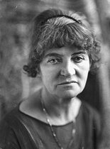 Suzanne Valadon (1865-1938), French painter, about 1930. © Henri Martinie / Roger-Viollet