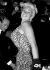 """Jayne Mansfield (1933-1967), actrice américaine, lors de l'avant-première de """"La Blonde explosive"""" (""""Will Success Spoil Rock Hunter?""""), film de Frank Tashlin. Londres (Angleterre), Carlton Theatre, 26 septembre 1957. © PA Archive/Roger-Viollet"""