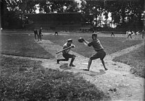 "World War I. Baseball game between soldiers from US ambulances. Colombes (France), on June 24, 1917. Photograph published in the newspaper ""Excelsior"", on Monday, June 25, 1917. © Excelsior – L'Equipe/Roger-Viollet"