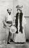 Gustav Klimt (1862-1918), peintre autrichien, et Emilie Flöge (1874-1952), sa compagne, vers 1899. © Imagno/Roger-Viollet