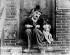 "Charlie Chaplin (1889-1977), ""A dog's life"", 1918. © Roger-Viollet"