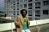 Rasta avec un tee-shirt à l'éffigie de Bob Marley, superstar du Reggae et prophète rasta. © TopFoto / Roger-Viollet