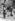 Elégante au bois de Boulogne. Paris, vers 1910-1912. © Collection Roger-Viollet/Roger-Viollet