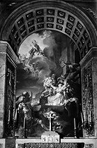 "Paris, Saint-Roch church, Sainte-Geneviève chapel. ""Le Miracle des Ardents"" (1767), by Gabriel-François Doyen (1726-1806). © Laure Albin Guillot / Roger-Viollet"