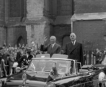 Charles de Gaulle (1890-1970), President of the French Republic, and Konrad Adenauer (1876-1967), German Chancellor. Reims (France), on July 8, 1962. © Roger-Viollet