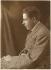 Francis Poulenc (1899-1963), compositeur et pianiste français, membre du groupe des Six. Paris, 1930. © Pierre Choumoff / Roger-Viollet