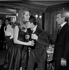 """""""Les Dragueurs"""", film de Jean-Pierre Mocky (1929-2019). De gauche à droite : Belinda Lee, Jacques Charrier et Charles Aznavour. France, 10 février 1959. © Alain Adler / Roger-Viollet"""