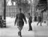 """""""L'Homme représentant la France"""". Le général De Gaulle arrivant à son bureau de Londres (Angleterre), juin 1940.    © TopFoto/Roger-Viollet"""