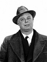 Jean Renoir (1894-1979), French director, in 1942.  © LAPI / Roger-Viollet