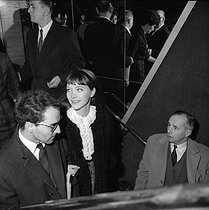 Anna Karina (1940-2019), Danish-born French actress, and Jean-Luc Godard (born in 1930), Swiss-born French director. © Roger-Viollet