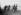 Guerre sino-japonaise (1937-1941). Soldats japonais dans le quartier de Chapei à Shanghaï. © Roger-Viollet