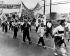 Guerre de Corée (1950-1953). Manifestation d'habitants de Séoul à Pan Mun Jon pour que l'unification du pays soit une condition sine qua non de l'armistice. 27 mai 1953. © Ullstein Bild / Roger-Viollet