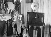 Georges Clemenceau (1841-1929), French politician, in his house of  Saint-Vincent-sur-Jard (Vendée). © Henri Martinie / Roger-Viollet