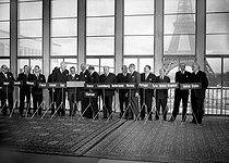 The Foreign secretaries from countries taking part in the Paris conferences. From left to right : Spaak, Pearson, Hansen, Mendès France, Gudmundson, Martino, Bites, Ismay, Stéphanopoulos, Bech, Beyen, Diaper, Cunha, Koprulu, Eden and Dulles. Paris, October 22, 1954. © Roger-Viollet