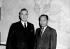 Lord Louis Mountbatten (1900-1979), amiral britannique, avec le général Ne Win (1911-2002), ancien premier ministre de la Birmanie, juillet 1960. © TopFoto / Roger-Viollet