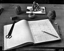 Work table of Claude Debussy (1862-1918), French composer, with the score of Pelléas and Mélisande. © Roger-Viollet